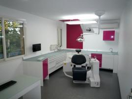am nagements de cabinets de dentistes. Black Bedroom Furniture Sets. Home Design Ideas